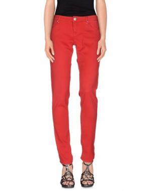 Джинсовые брюки ACHT. Цвет: красный