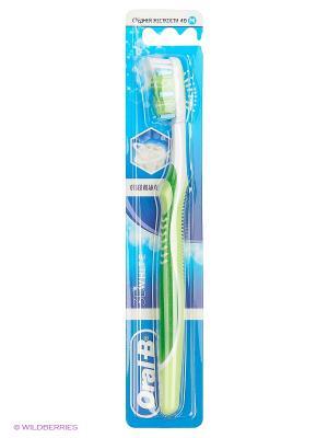 Зубная щетка 3D White Отбеливание, средняя жесткость, 1 шт ORAL_B. Цвет: салатовый
