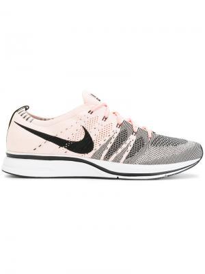 Кроссовки Flyknit Nike. Цвет: розовый и фиолетовый