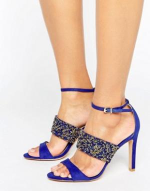 Forever Unique Босоножки на каблуке с ремешками и со стразами Willow. Цвет: синий