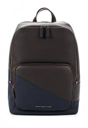 Рюкзак Tommy Hilfiger. Цвет: коричневый