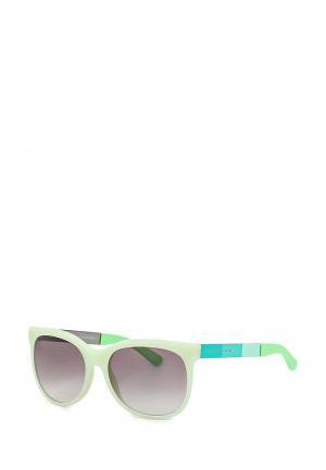 Очки солнцезащитные Marc by Jacobs. Цвет: зеленый