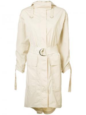 Пальто с капюшоном и сборкой на рукавах Elizabeth And James. Цвет: телесный