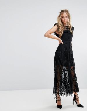 Foxiedox Кружевное платье миди с оборками на рукавах. Цвет: черный