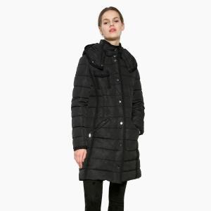 Пальто с капюшоном длинное DESIGUAL. Цвет: черный