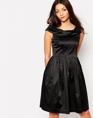 Emily and Fin Платье со спущенными плечами & Norma. Цвет: черный