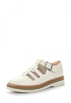 Ботинки Clarks. Цвет: белый