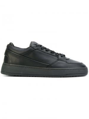 Кроссовки на шнуровке Etq.. Цвет: чёрный
