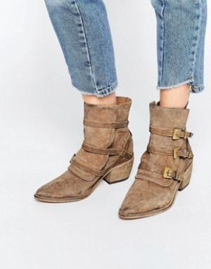 Free People Серо-коричневые замшевые ботинки в стиле вестерн Mason. Цвет: бежевый