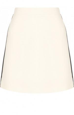 Однотонная мини-юбка из смеси шерсти и шелка Burberry. Цвет: белый