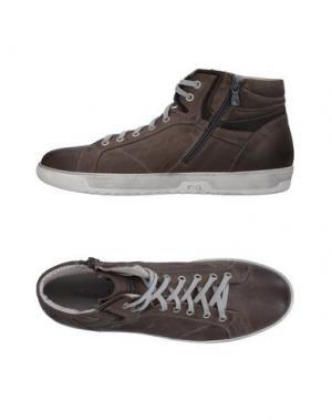 Высокие кеды и кроссовки NERO GIARDINI. Цвет: серый