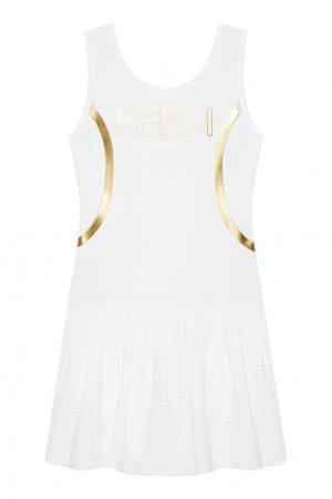 Платье в спортивном стиле Fendi. Цвет: белый