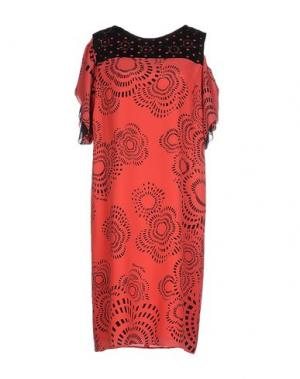 Платье до колена CHIARA D'ESTE. Цвет: коралловый