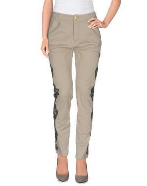 Повседневные брюки HISTORY. Цвет: светло-серый