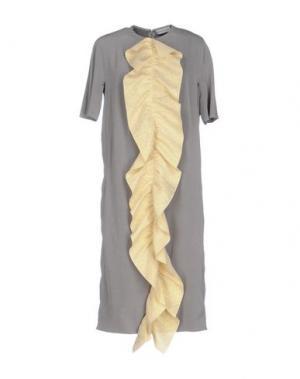 Платье до колена VIKA GAZINSKAYA. Цвет: серый