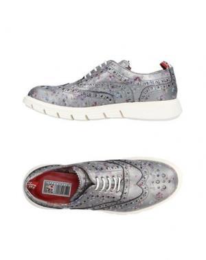 Обувь на шнурках YAB. Цвет: серебристый