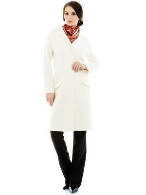 Пальто Levall. Цвет: белый