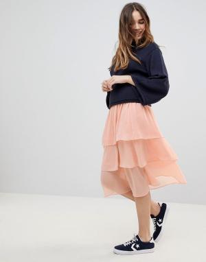 Monki Ярусная юбка миди. Цвет: оранжевый