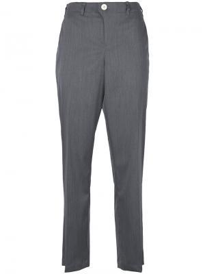 Укороченные брюки с завышенной талией Julien David. Цвет: серый