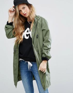 Lee Куртка-дождевик. Цвет: зеленый