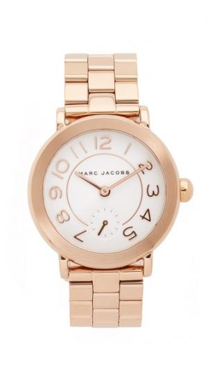 Часы New Classic Marc Jacobs