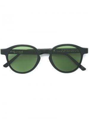 Матовые солнцезащитные очки Retrosuperfuture. Цвет: чёрный