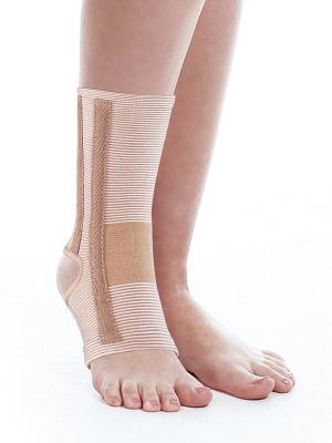 Бандаж на голеностопный сустав Ttoman. Цвет: бежевый