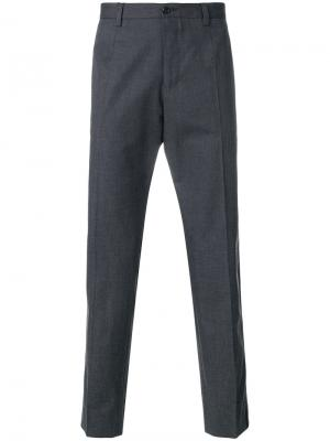 Классические брюки с леопардовыми полосками Dolce & Gabbana. Цвет: серый
