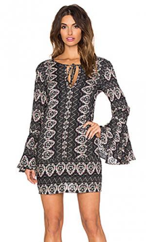 Платье match The Allflower Creative. Цвет: черный