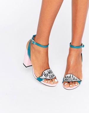 ASOS Сандалии на каблуке с отделкой блестками и надписями HARROW. Цвет: мульти