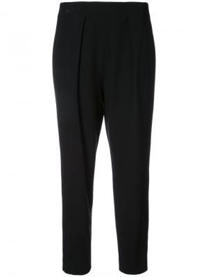 Укороченные зауженные брюки Natori. Цвет: чёрный