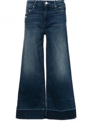 Укороченные расклешенные джинсы Mother. Цвет: синий