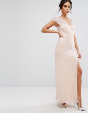 Elise Ryan Платье макси с кружевной отделкой и V-образным вырезом. Цвет: розовый