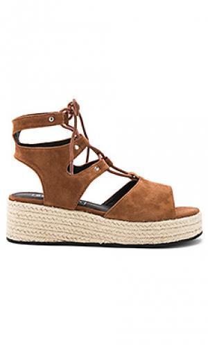Обувь на танкетке ginger Sol Sana. Цвет: коричневый