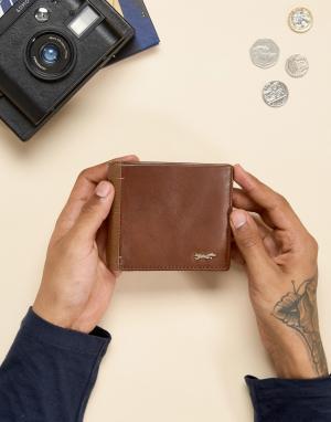 Paul Costelloe Светло-коричневый кожаный бумажник. Цвет: рыжий