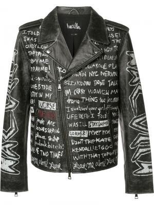 Байкерская куртка с принтом текста Haculla. Цвет: чёрный