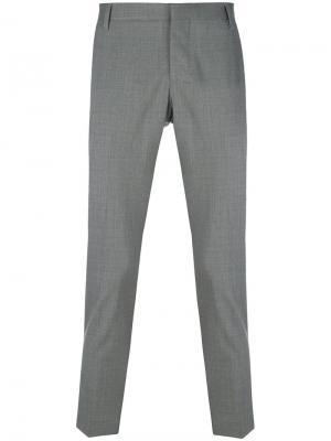 Укороченные брюки строгого кроя Entre Amis. Цвет: серый