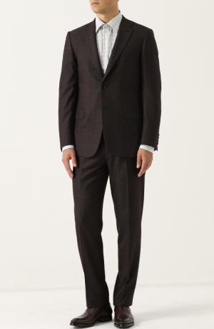 Костюм из смеси шерсти и шелка с пиджаком на двух пуговицах Brioni. Цвет: коричневый