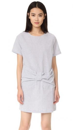 Платье в полоску  Too с бантом спереди Clu. Цвет: голубой