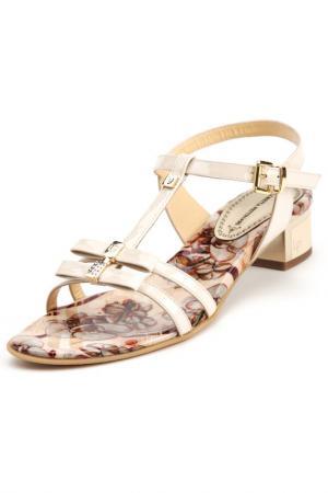 Босоножки на каблуках Loretta Pettinari. Цвет: бежевый
