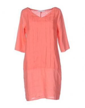 Короткое платье LA FABBRICA DEL LINO. Цвет: коралловый
