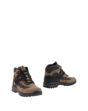 Полусапоги и высокие ботинки GRISPORT. Цвет: хаки
