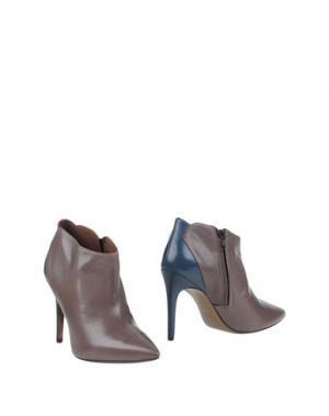 Ботинки FIORIFRANCESI. Цвет: серый