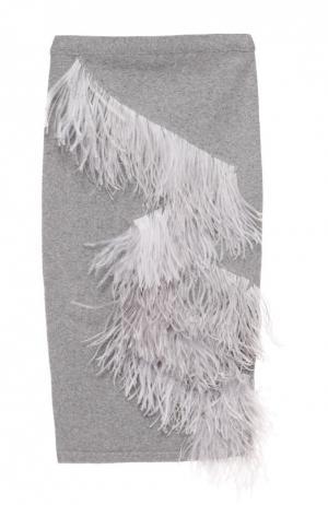 Вязаная юбка-карандаш с отделкой из перьев No. 21. Цвет: светло-серый