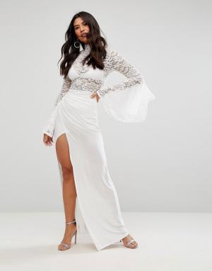 Club L Платье макси с воротником-стойкой, расклешенными рукавами и юбкой за. Цвет: кремовый