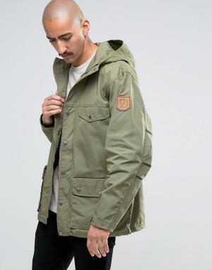 Fjallraven Зеленая куртка Greenland. Цвет: зеленый