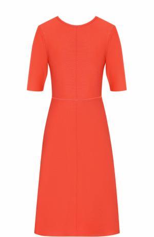 Приталенное платье-миди с открытой спиной Victoria by Beckham. Цвет: коралловый