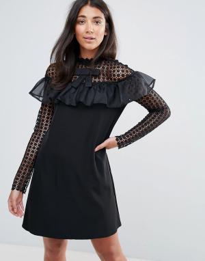 Amy Lynn Платье А-силуэта с длинными рукавами из сетки в горошек и оборкой. Цвет: черный