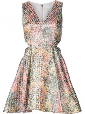Расклешенное платье с цветочным принтом Alice+Olivia. Цвет: многоцветный