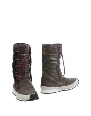 Полусапоги и высокие ботинки TRETORN. Цвет: хаки